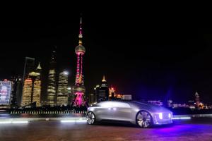 Mercedes-Benz F 015 Luxury in Motion in Shanghai, Mai 2015 Merc