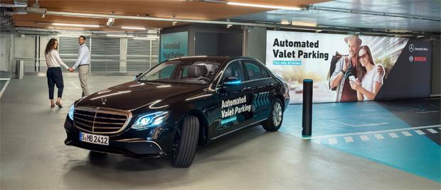 Fahrerlos durchs Parkhaus - Daimler und Bosch erhalten Freigabe der Behörden