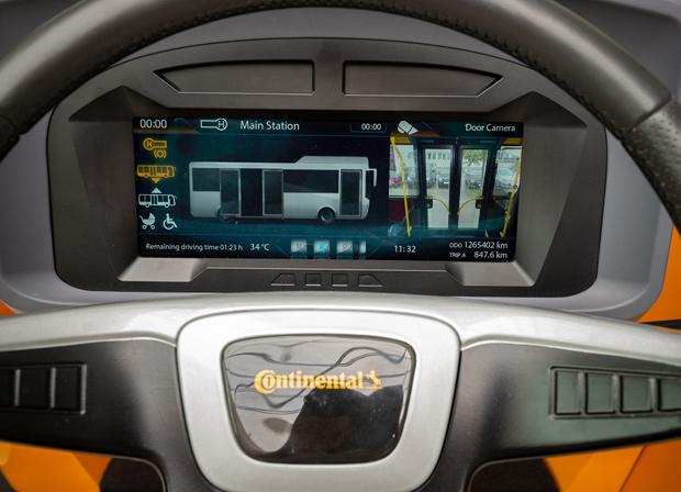 Continental entwickelt modularen Fahrerarbeitsplatz (mFAP) für Busse
