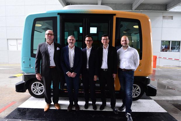 Continental und EasyMile setzten gemeinsames F&E-Team für autonomes Fahren in Singapur ein