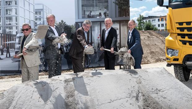 """Leinfelden-Echterdingen: Spatenstich für neuen """"Daimler Trucks Campus"""""""