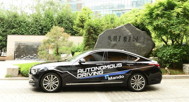 Mando darf in Kalifornien autonome Fahrzeuge testen