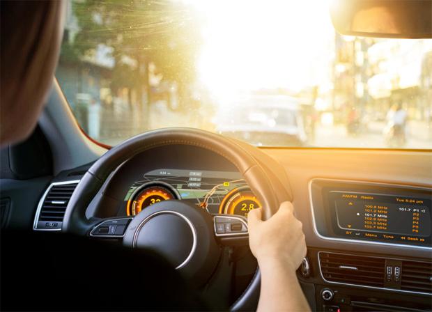 Osram sorgt für die richtige Display-Helligkeit im Auto