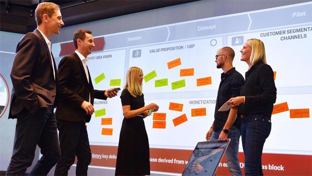 Porsche eröffnet digitale Werkstatt
