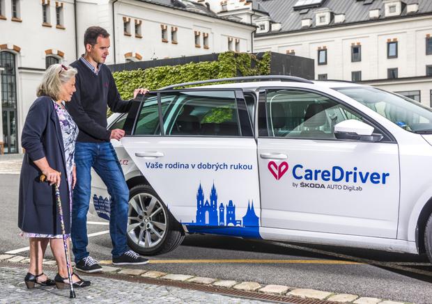 """ŠKODA AUTO DigiLab startet """"CareDriver"""" in Prag"""