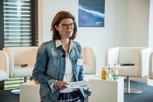 Dr. Daniela Gerd tom Markotten über die digitalen Chancen für den Autobauer Mercedes-Benz Trucks.