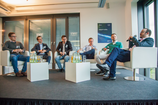 Sven Lackinger – CEO evopark GmbH; Michael Minis – CEO tamyca GmbH; Andreas Schneider – CEO Vimcar GmbH; Michel Stumpe – CEO Carjump/GHM Mobile Development GmbH; Dr. Julian Propstmeier – Head of Growth, Coup Mobility GmbH; Jens Stoewhase (Moderation)